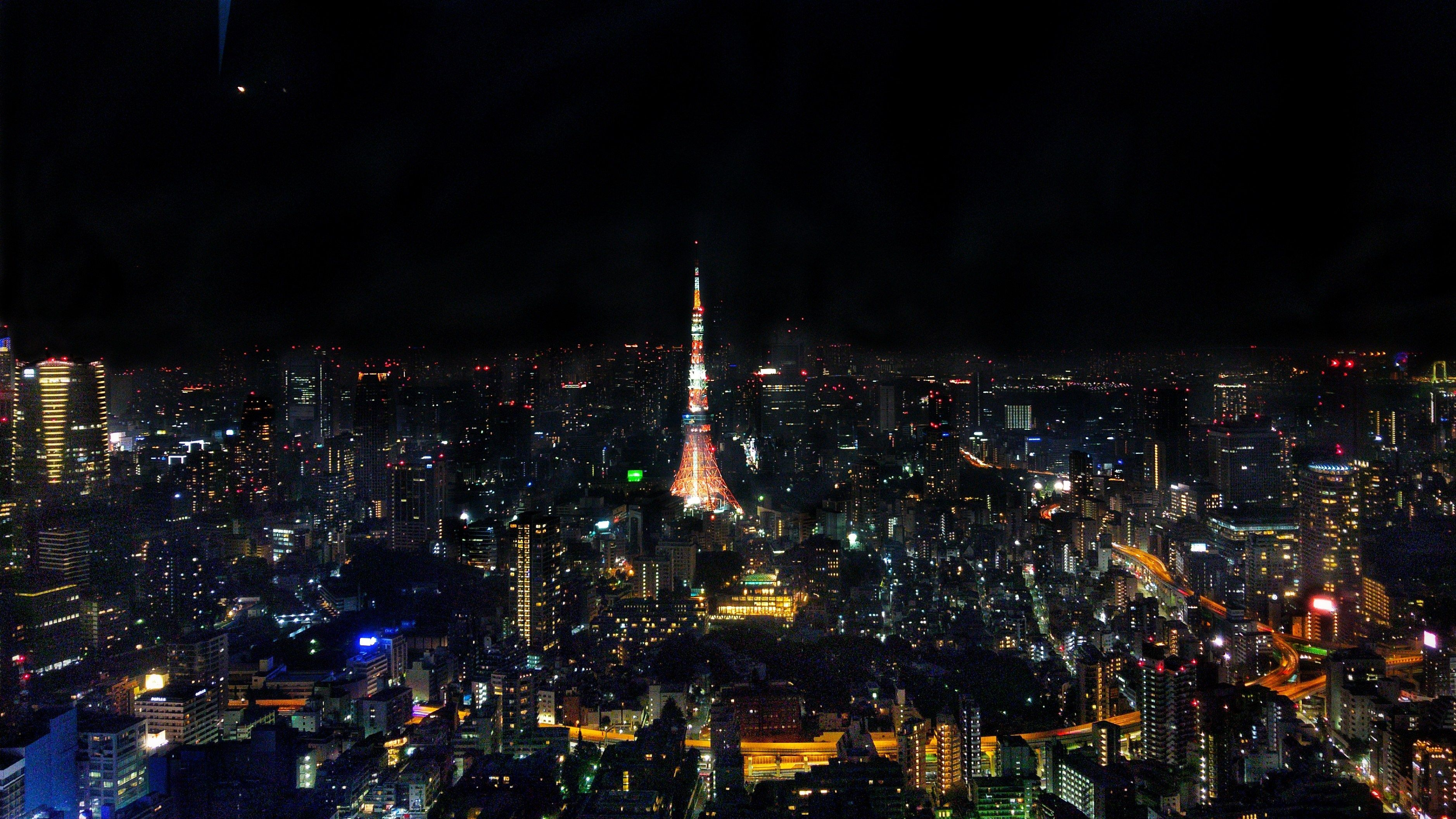 Tokyo tower at night (RAW)-01-01_001.jpg
