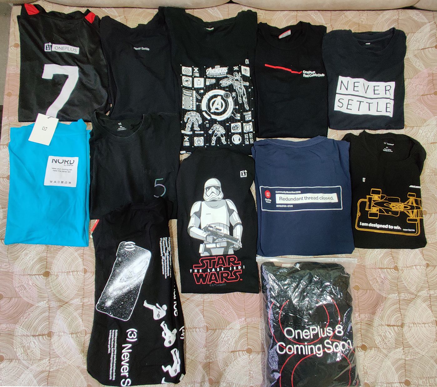 OnePlus T-Shirts collection.png
