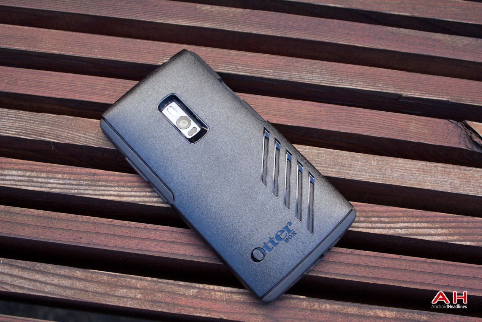 low priced dcb79 29a5f Otterbox,tudia hybride or Silicon case ? - OnePlus Community