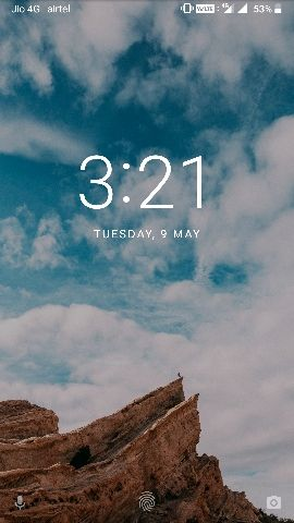 is there any way to change the clock in lock screen ? or add any