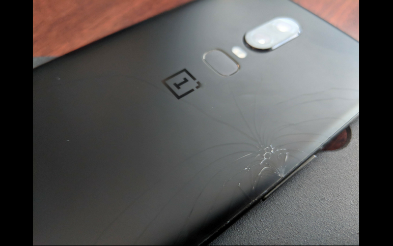 OnePlus-6-Rear-Glass-Brocken.png