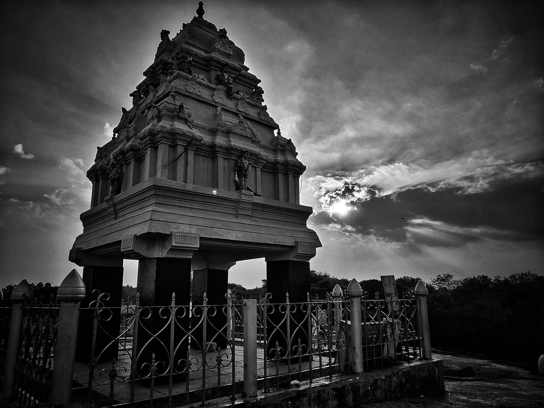 temple_lalbagh_BW.jpg
